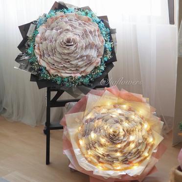Camellia Money Bouquet XL