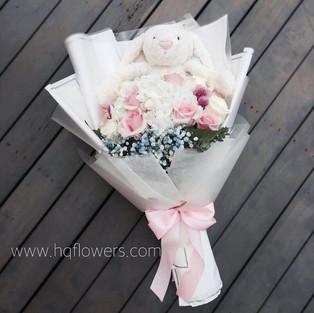 Jellycat Bunny Plushies Bouquet