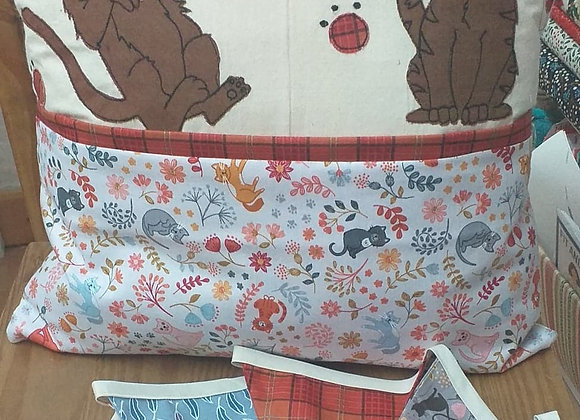 Kitty Book Pillow and Bunting Kit
