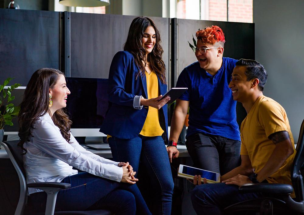 espaces coworking profils de coworkers différents comme à come'n'work