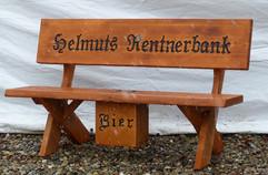 Helmuts Rentnerbank + Bierkasten