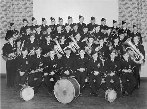 1951-1.jpg