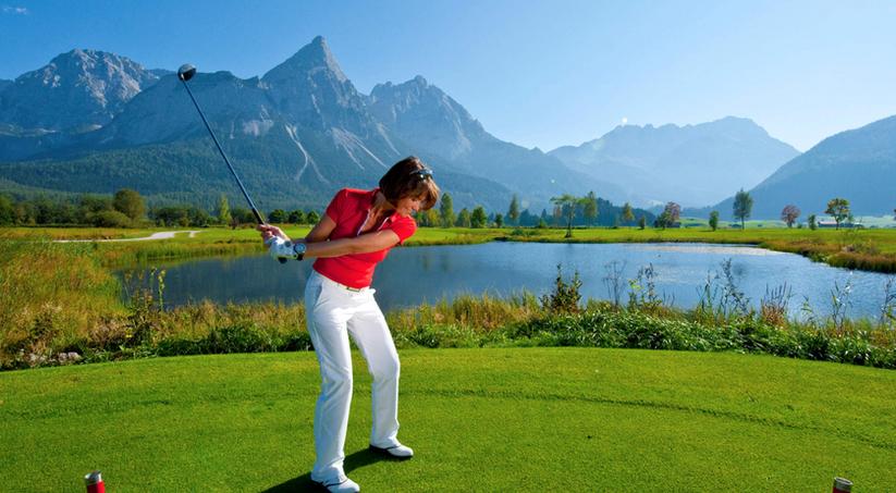 schneehaus impressies zomer golf.png