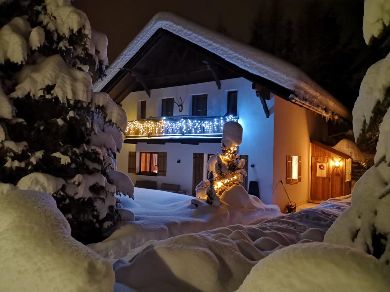 Lodge avond licht.jpg