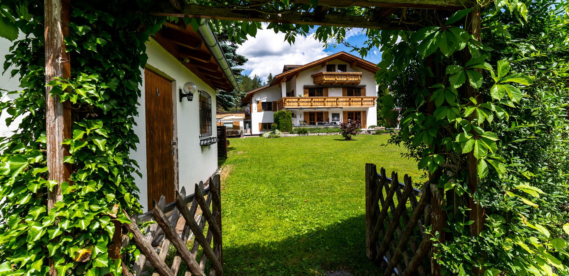 schneehaus chalet ehrwald 2.jpg
