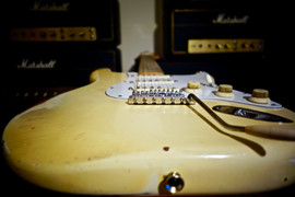 !973 Oly White Strat, Maple neck