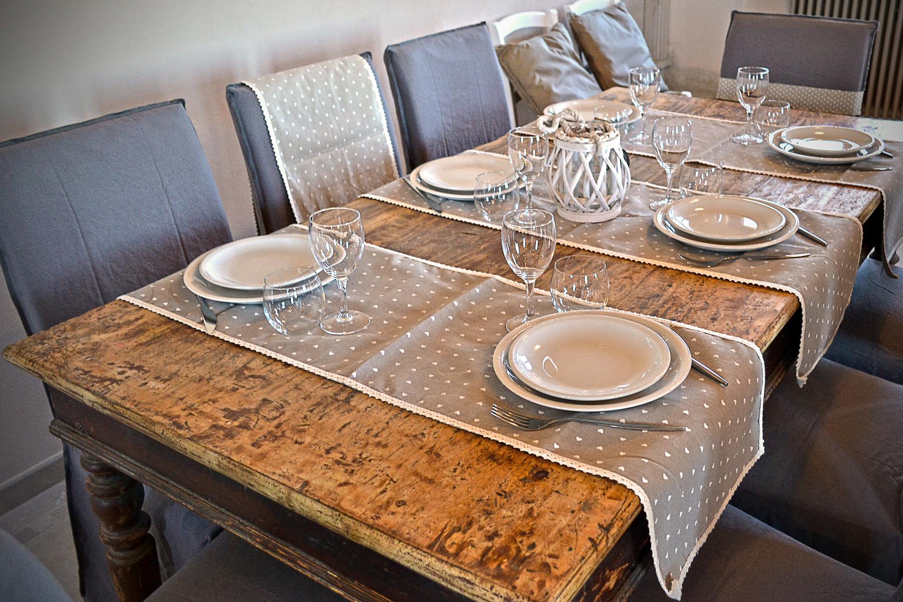Tavolo-legno-A-modo-mio