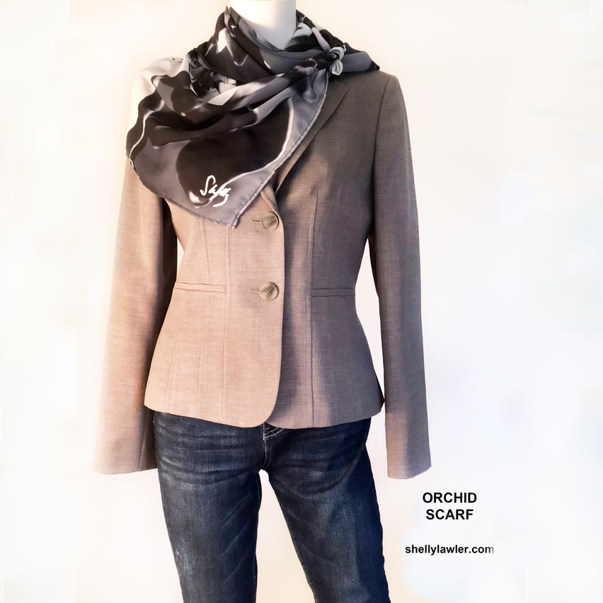 From work to play. Jeans. Jacket. Pop of style.