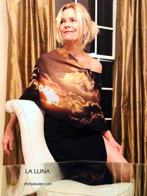 Designer Shelly Lawler modeling La Luna Scarf front view