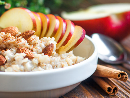Comforting Apple Cinnamon Oatmeal