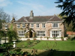 Skelton Manor