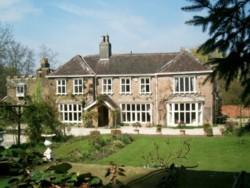 Skelton Manor