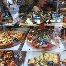 Pizza in Lyons