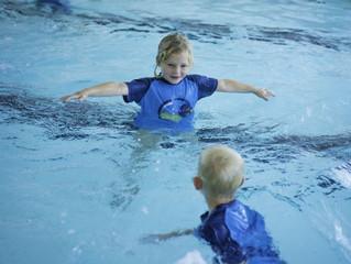 Intensivkurs i svømmeopplæring på Blindheim i høstferien