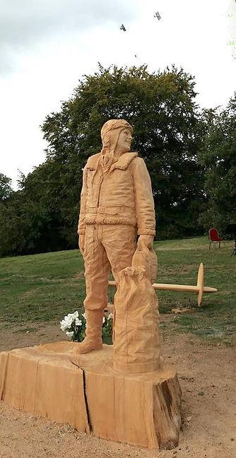 RAF statue.jpg