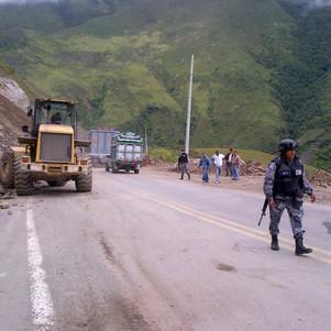 Deslaves afectan vía Ibarra - San Lorenzo