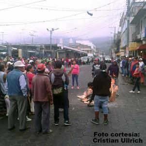 En Ibarra comerciantes informales protestaron por controles municipales