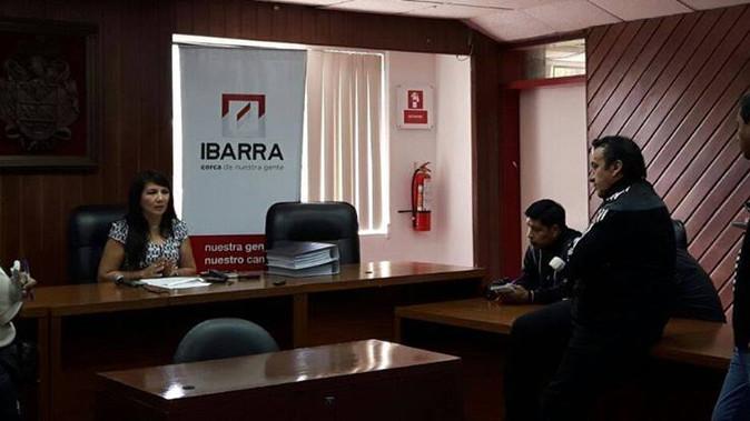Concejal Hilda Herrera defiende proceso de construcción de nuevo mercado de Ibarra