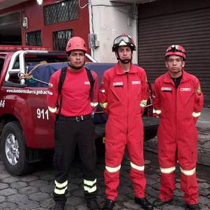 Brigadas de auxilio y rescate de Imbabura se trasladan a zona de desastre a prestar ayuda
