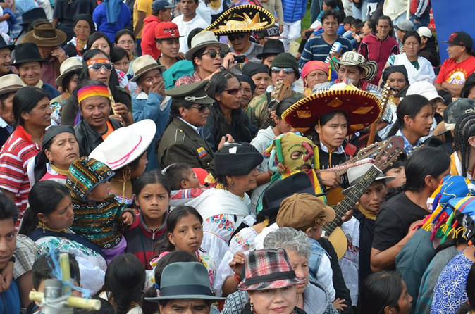 Cientos de delegaciones llenaron de color y tradición encuentro de los pueblo en Ibarra