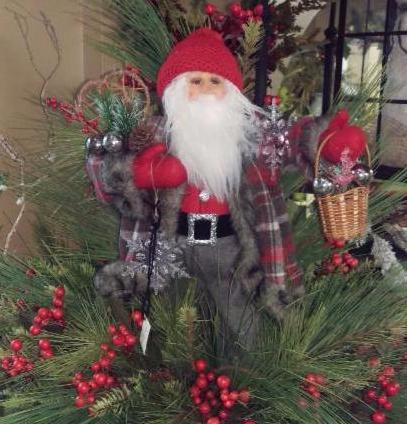 Ideas to Deck Your Halls This Coming Holiday