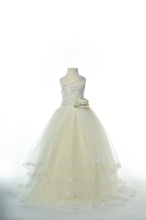 The Queen Simone Gown