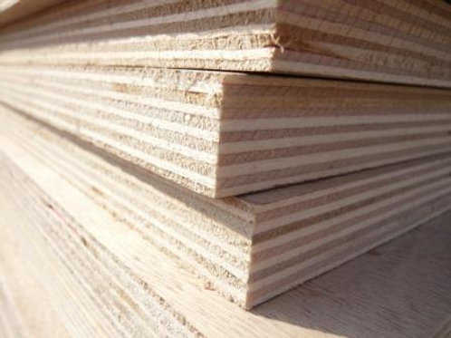 18mm Eliotis Plywood 2400x1200