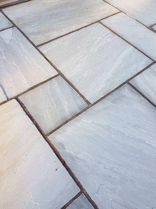 Light Grey Indian Stone Paving (per 19.19m2 pack)