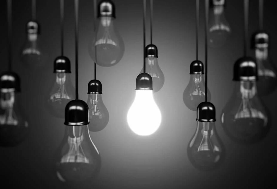 lightbulb_black_&_white.webp