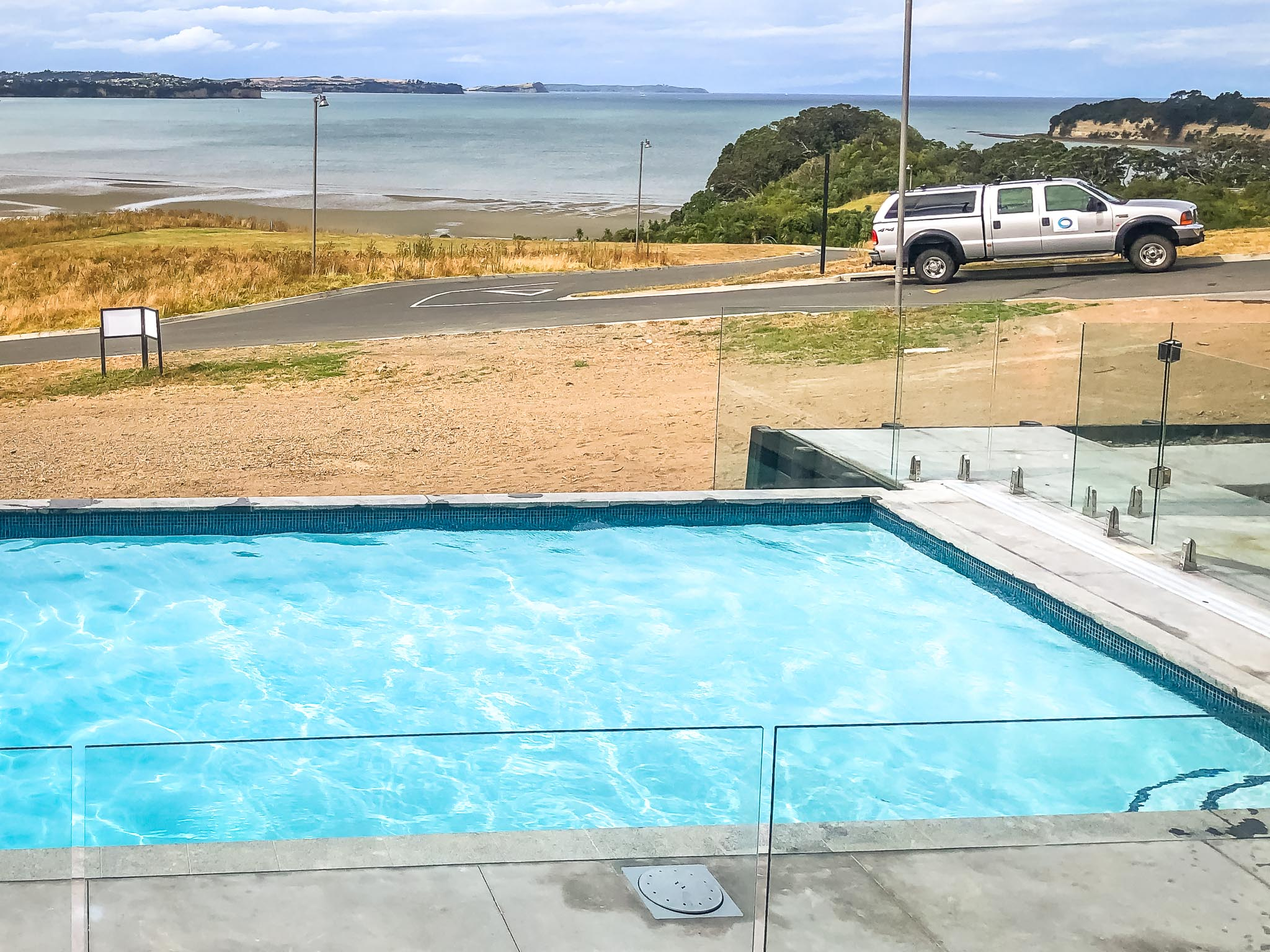 10x4m concrete pool by Mobius Pools