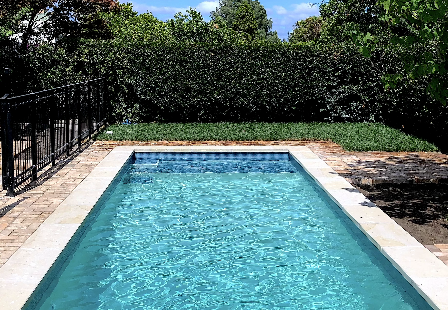 8.5x3.5m pool by Mobius Pools