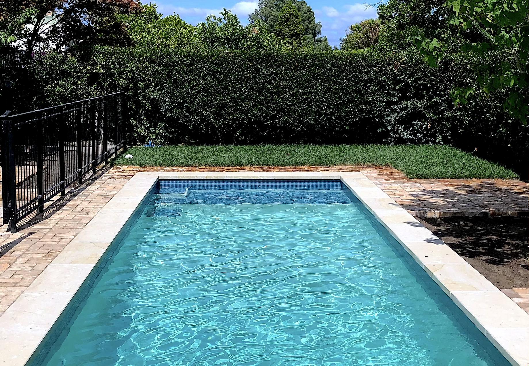 8.5x3.5m pool by Mobius Pools