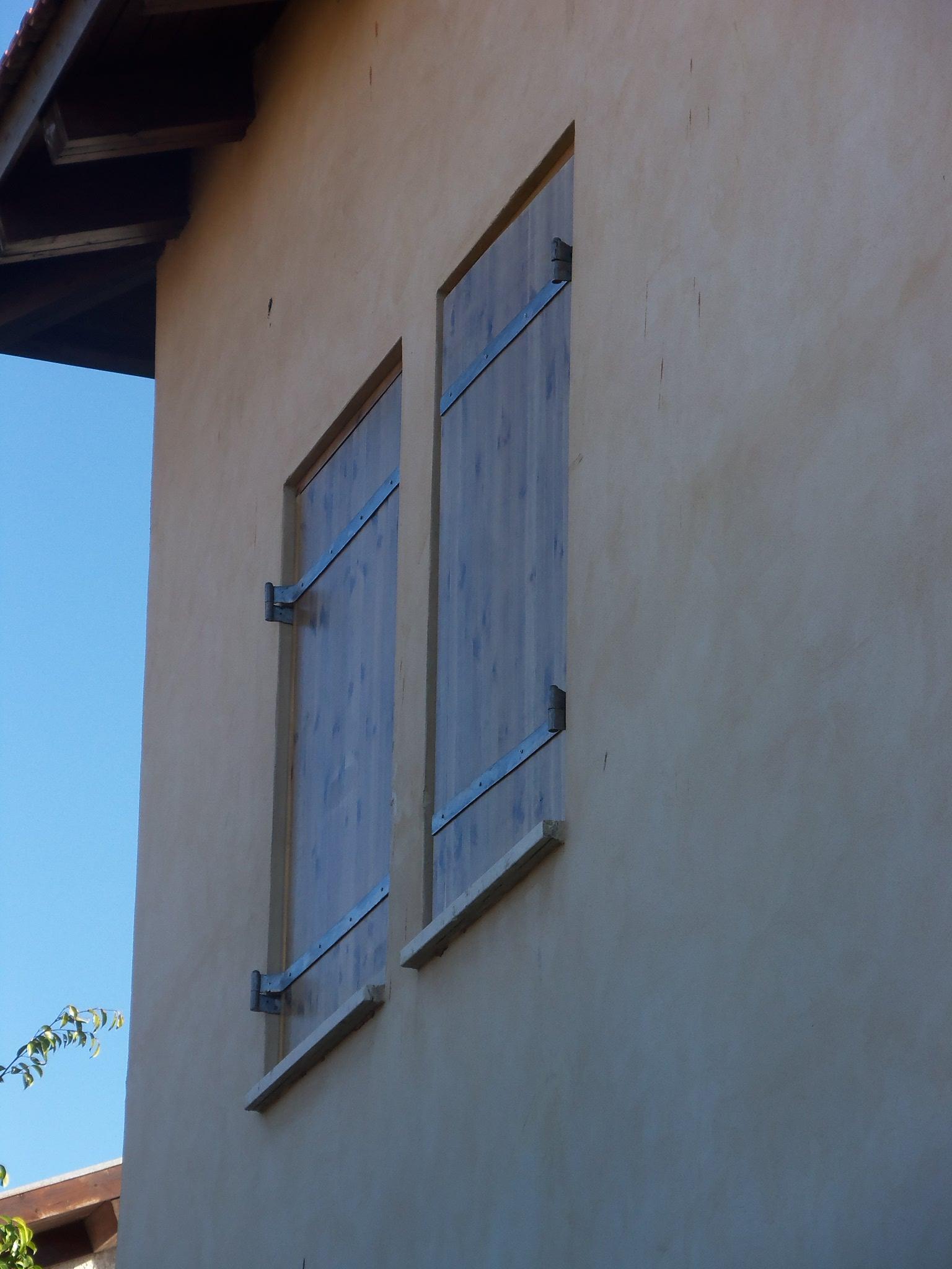 התקנת חלונות עץ
