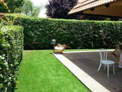 דשר סינטטי לגינה ולמרפסת