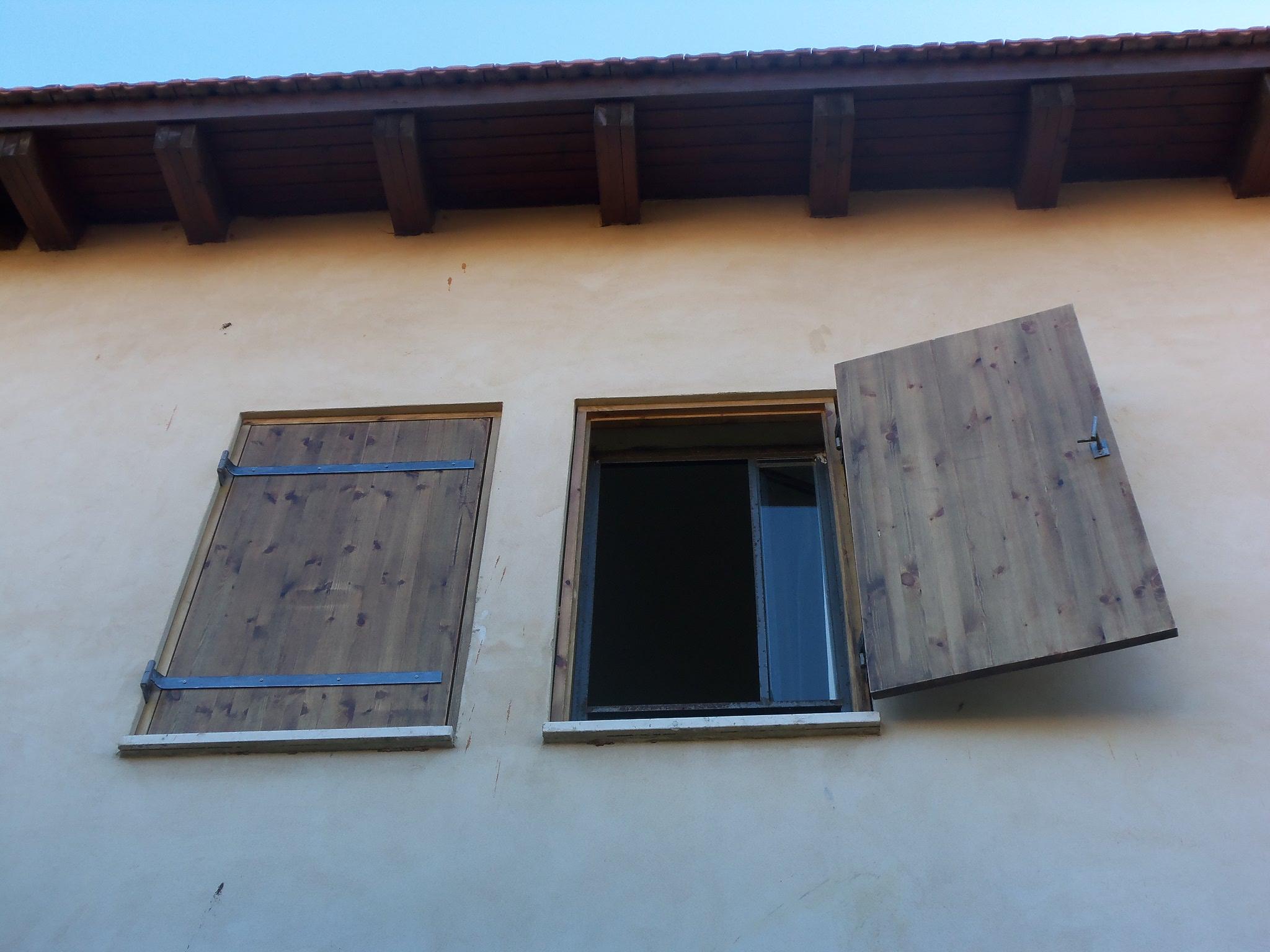עבודות עץ שחר תכנון ובנייה הוד השרון