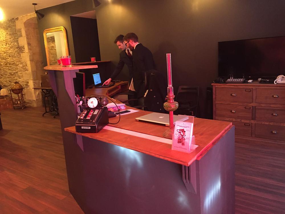 Le bureau de la Ligue des Gentlemen à Nantes lors de l'ouverture des locaux