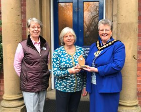 County Council Chairman honours Hospice hero