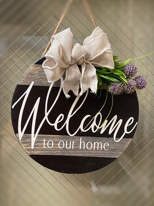 Wood welcoming door aign