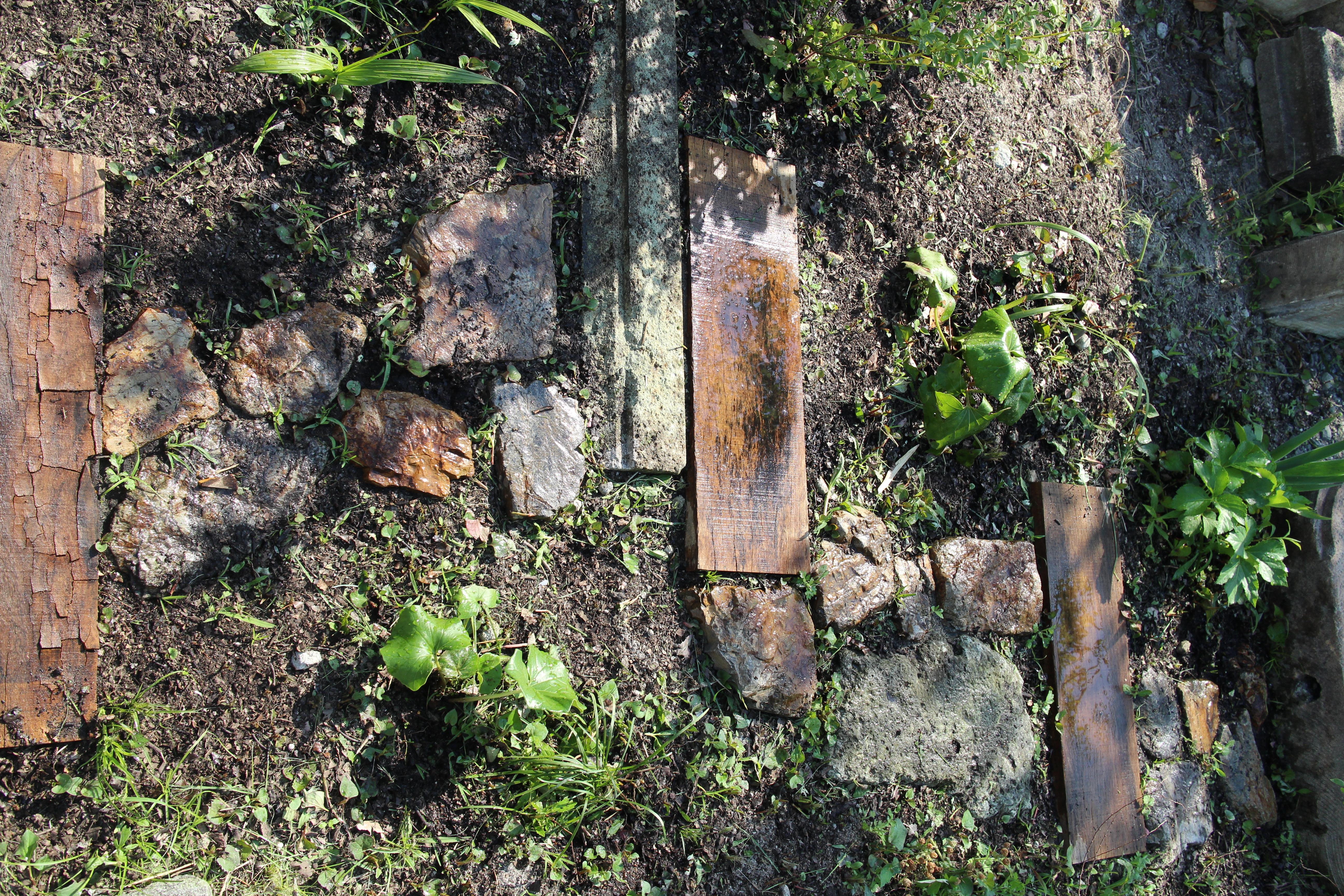三毳石と大谷石の伝い