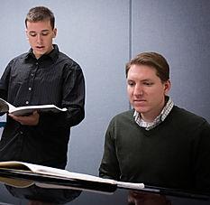 Professeur vocal et étudiant