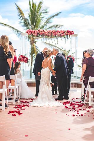 Pelican Grand Resort Wedding-0043.jpg