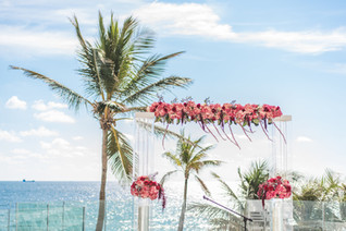 Pelican Grand Resort Wedding-0013.jpg