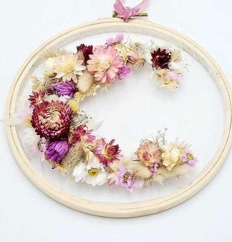 Floral Initial gestickt - individualisierbar -