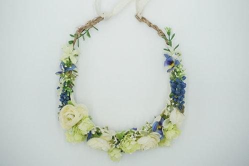 """Blumenhaarkranz aus Seidenblumen """"White Ranunculus"""""""