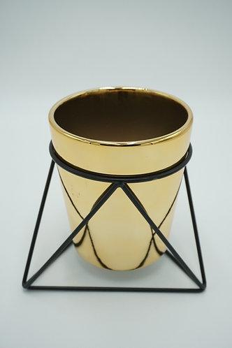 Vase gold mit schwarzem Gestell