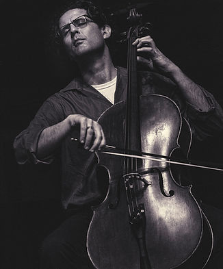 Amit_Peled_Cellist_edited.jpg