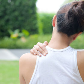 Women have neck pain, shoulder pain, at