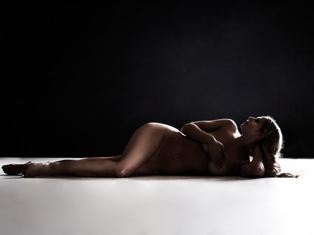 IS BOUDOIR PHOTOGRAPHY WORTH IT?