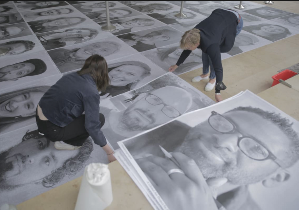 Pasting the portraits