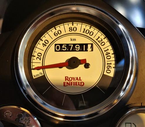 royal-enfield-claissic-500-km-5791-cod-b3f31-2.jpeg